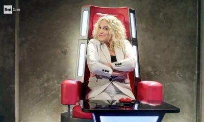 Antonella Clerici sulla poltrona di The Voice Senior che inizia il 27 novembre in prima serata su Rai Uno