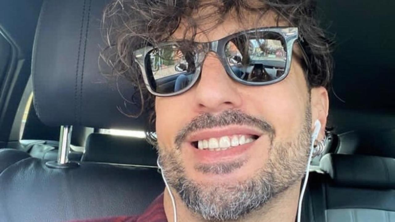 fabrizio corona selfie in auto