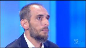 Alessandro di C'è Posta per Te è un no vax: ecco cosa scrive su Facebook
