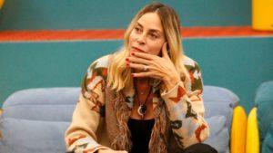 """Stefania Orlando, la lettera del fratellastro Gianni: """"Perché mi hai cancellato dalla tua vita?"""""""