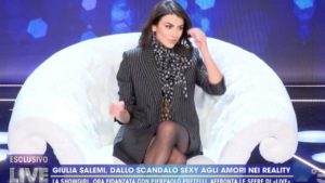 """Giulia Salemi accusata a Live. Collovati: """"Ci ha provato con mio marito"""""""