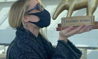 Ilary Blasi gaffe isola tapiro d'oro striscia