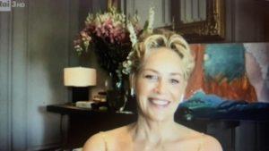 """Sharon Stone da Fabio Fazio: """"Ho fatto fumare erba a mia madre"""""""