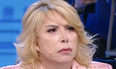 Anna Pettinelli non lascia amici